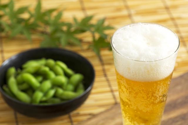 お酒の何が中性脂肪を高くするのか
