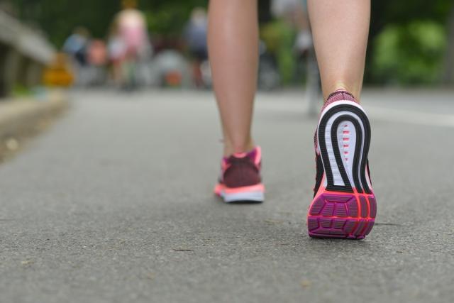 皮下脂肪を落とすのに効率的な「有酸素運動」