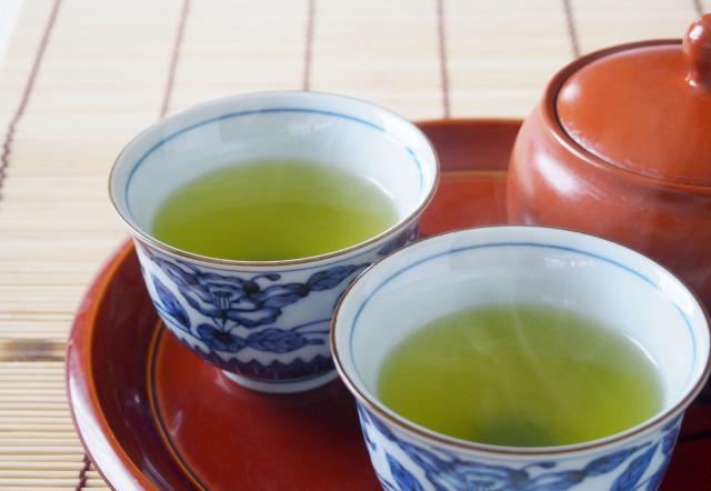 緑茶も脂肪肝対策に効果あり!